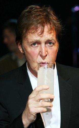 Dlaczego Paul McCartney był w Beatlesach?