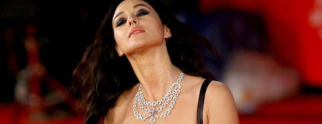 Monica Bellucci prawie pokazała pierś (FOTO)