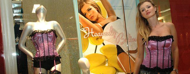 Joanna Krupa reklamuje bieliznę (FOTO)
