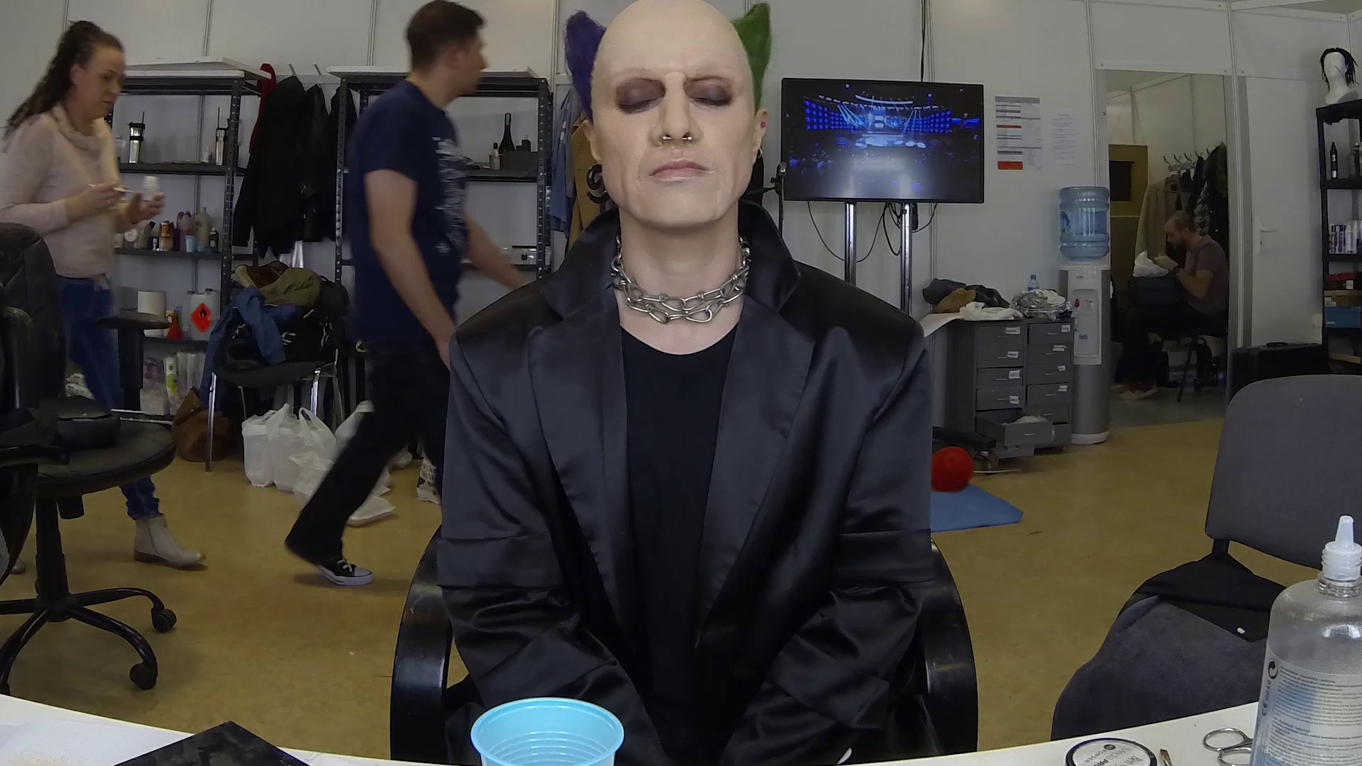 Niesamowita przemiana! Katarzyna Pakosińska jako Keith Flint z The Prodigy