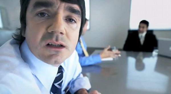 Seksistowska reklama z Pamel� Anderson zakazana (VIDEO)