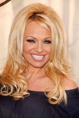 Pamela Anderson lubi botoks, korzysta z wypełniaczy (FOTO)