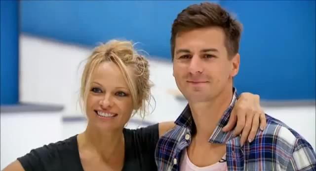 Pamela Anderson ma romans z partnerem z lodowiska (VIDEO)