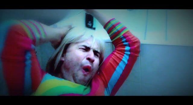 Jak�biak jako Mariolka  i rolowanie w �azience 20 m [VIDEO]