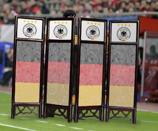 Ble! Joachim Loew, trener Niemców, znowu TO zrobił (VIDEO)