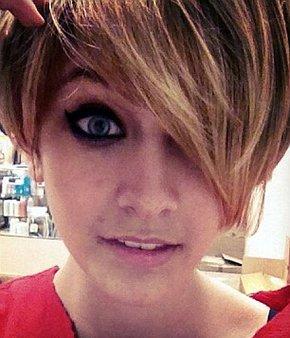 Paris Jackson poszła w ślady Miley Cyrus? (FOTO)
