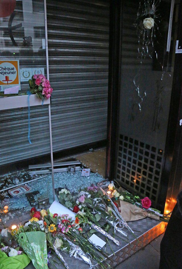 Paryż opłakuje swoje dzieci (FOTO)