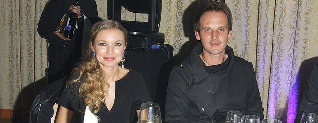 Pascal Brodnicki z żoną Agnieszką Mielczarek na salonach