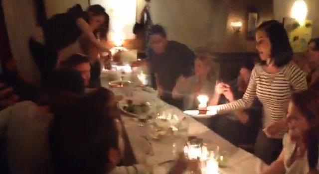 Robert Pattinson i Kristen Stewart przyłapani razem z..