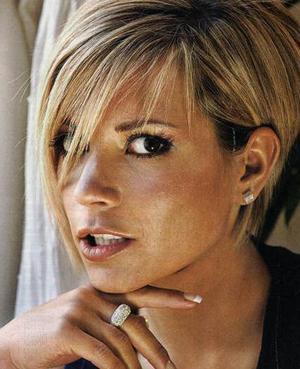Sobowtór Victorii Beckham żyje z niej