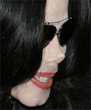 10 milionów za bycie Michaelem Jacksonem