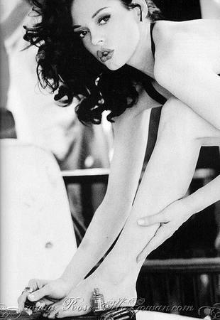 Rose McGowan dla Vogue