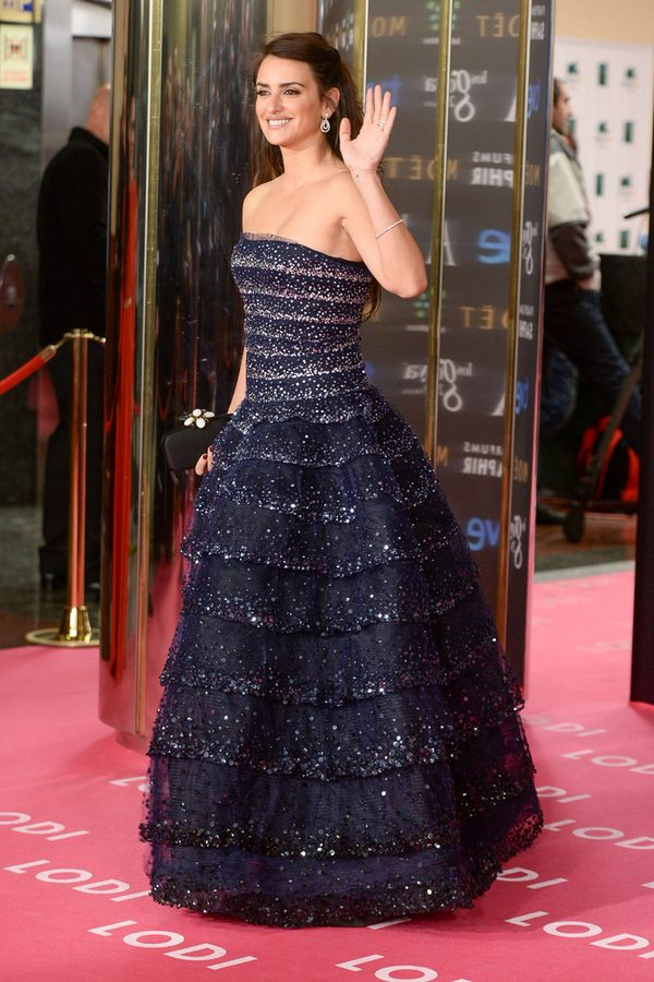 Penelope Cruz - możemy o niej mówić sexy mama? (FOTO)