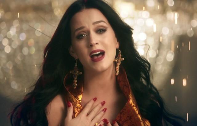 Katy Perry ma nowy teledysk na bogato - Unconditionally