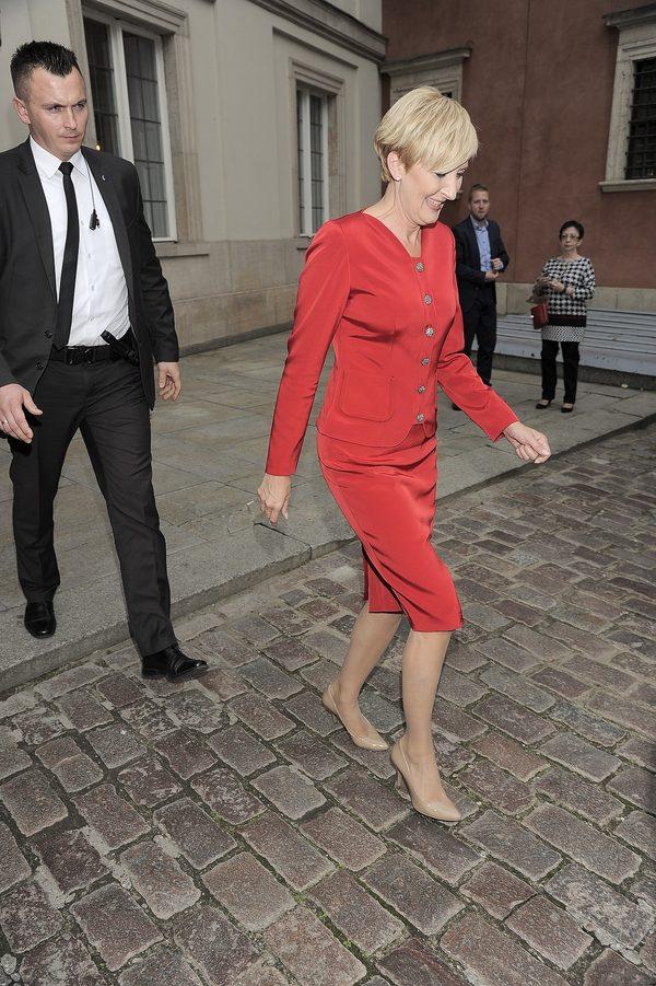 To zdjęcie CAŁUJĄCEJ SIĘ pary prezydenckiej utnie wszystkie plotki