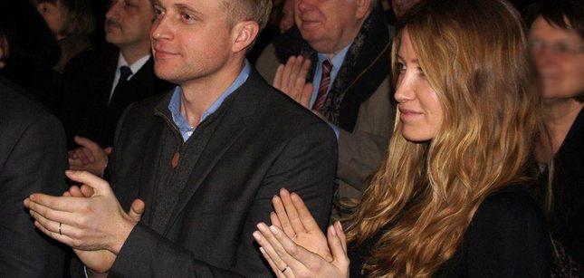 Piotr Adamczyk i Katarzyna Gwizdała z obrączkami na palcach