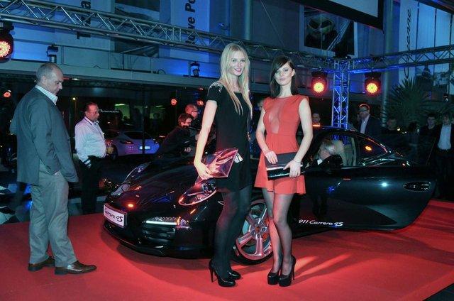 Piszcza�ka i Pacholarz lansuj� si� przy Porsche (FOTO)