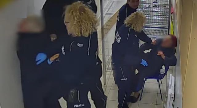 Polscy policjanci POBILI… 82-letniąstaruszkę! Szokujące wideo