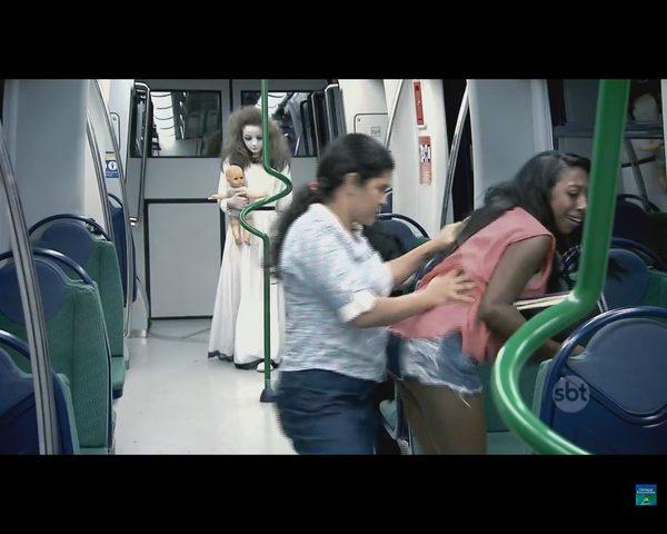 Koszmarny wkr�t w metrze [VIDEO]