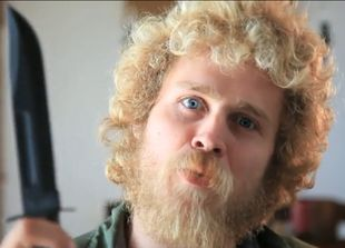 Spencer Pratt pokazuje jak goli swoją brodę (VIDEO)