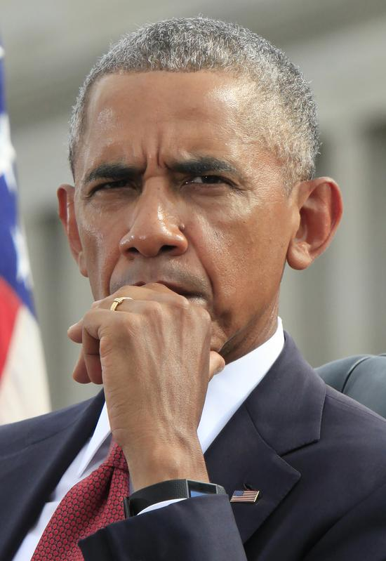 Barack Obama będzie OSTATNIM prezydentem USA? Hillary Clinton jest chora i...