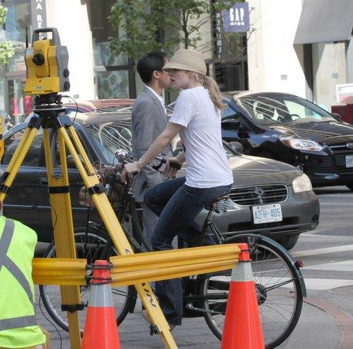 Rachel McAdams z dala od hollywoodzkiego zgiełku (FOTO)