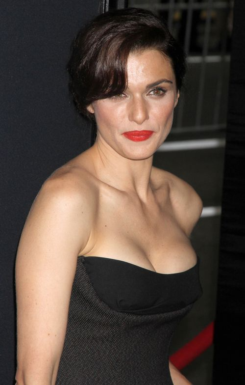 Dziewczyna Bonda na czerwonym dywanie (FOTO)