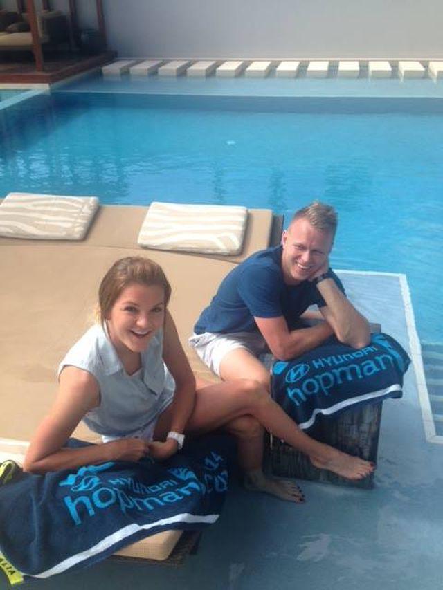 Agnieszka Radwańska z Grzegorzem Panfilem na basenie (FOTO)