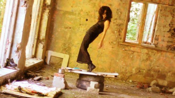 Ramona Rey jako bezdomna (VIDEO)