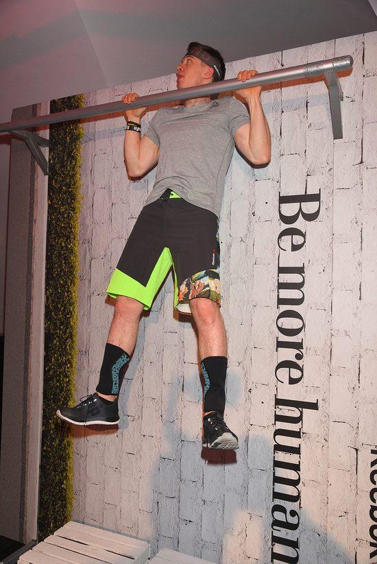 Przystojni i muskularni na imprezie marki sportowej (FOTO)