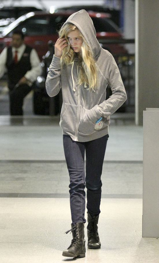 Ava Philippe (córka Witherspoon) na celowniku paparazzi