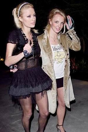 Spears i Hilton lesbijkami!