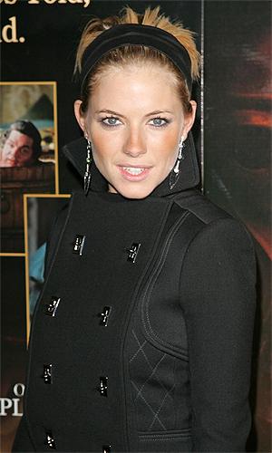 Sienna Miller szuka asekuracji