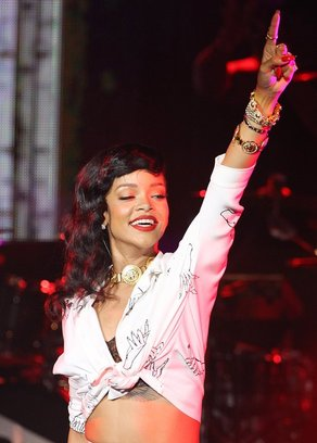 Rihanna w�ciek�a na Rit� Ora