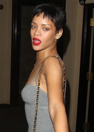 Rihanna prosto z imprezy wylądowała w studiu (FOTO)