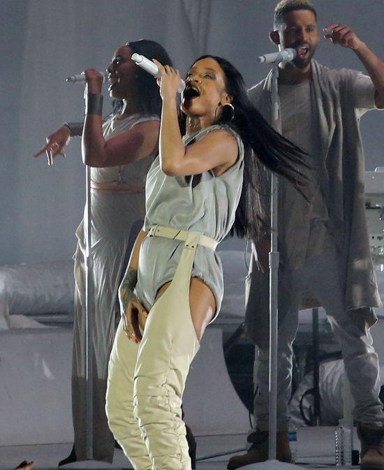 Rihanna i Calvin Harris wypuszczają wspólny numer! Beyonce się nie boją?