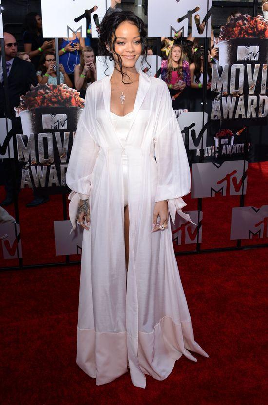 Rihanna na czerwonym dywanie pojawiła się bez bielizny?