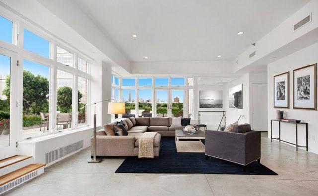 Oto nowe mieszkanie Rihanny (ZDJĘCIA)