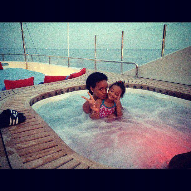 Rihanna: Moja adoptowana córka (FOTO)