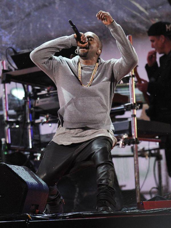 Kanye West dosta� owacj� na stoj�co