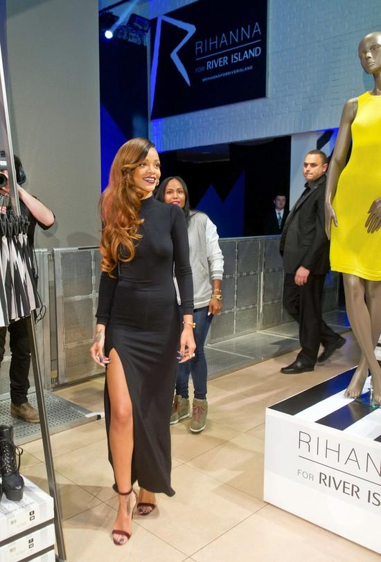 Rihanna dla River Island (FOTO)