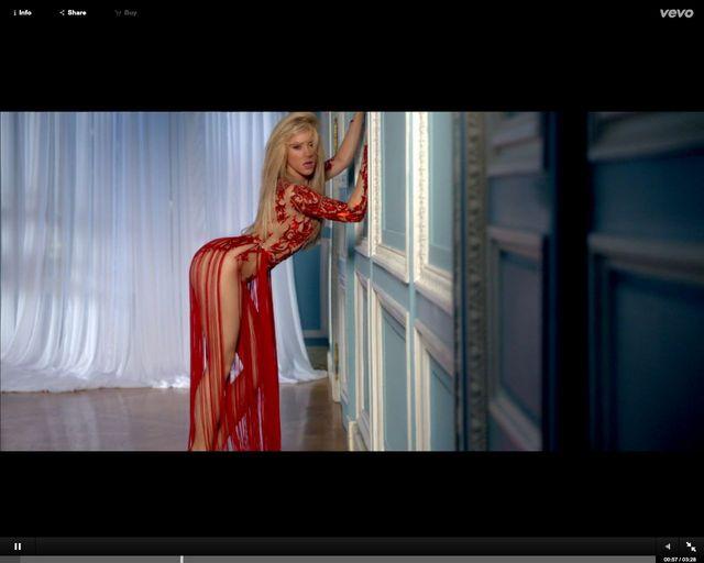 Co było, gdybyśmy wyłączyli wokal w video Rihanny i Shakiry