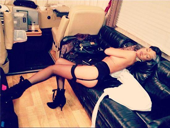 Rihanna i Brown uprawiają seks przez telefon