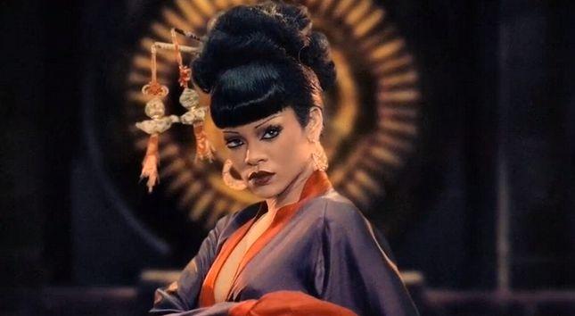 Rihanna jako chi�ska ksi�niczka