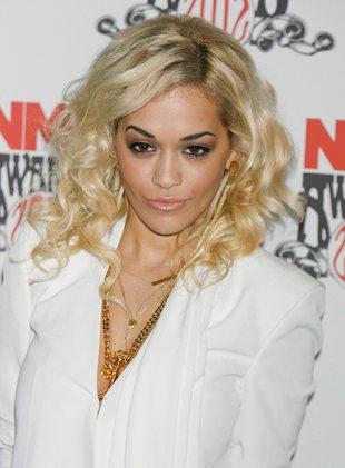 Czy Rita Ora kopiuje styl Rihanny? (FOTO)