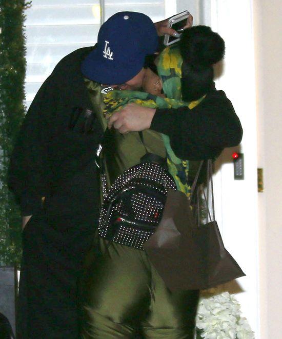 Blac Chyba i Rob Kardashian zjadają sie na oczach paparazzi