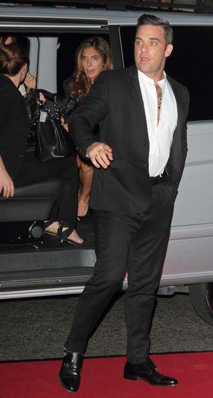 Robbie Williams chwali się córeczką Theodorą Rose (FOTO)