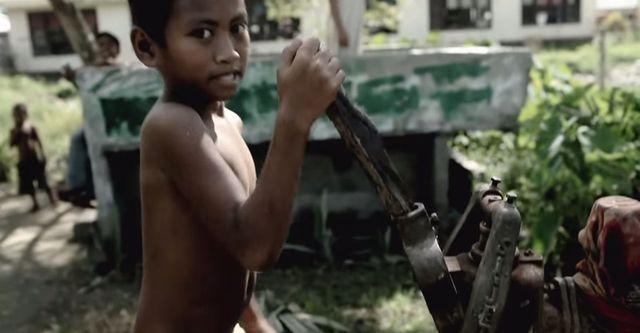 To video z Robertem Lewandowskim wzruszy Was do łez (VIDEO)