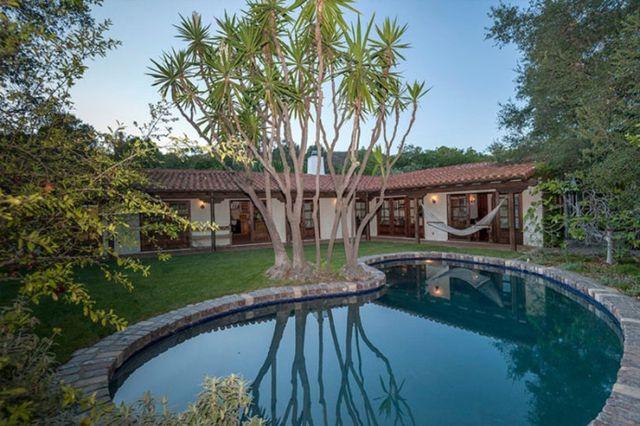 Ile łazienek w swoim domu ma Robert Pattinson? (FOTO)