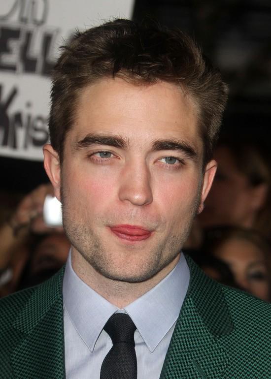 Robert Pattinson u Diora będzie całował z języczkiem